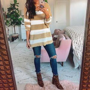 V neck pullover knit